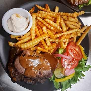 Liha-ateria ranskalaisilla